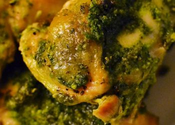 Chicken Thighs With Oregano Pesto