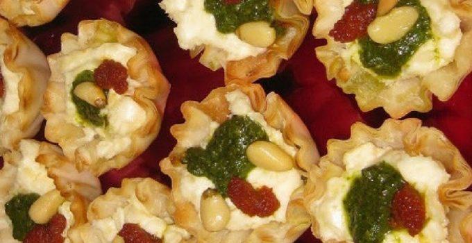 Savory Christmas tartlets
