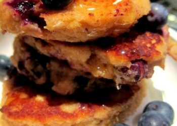 Pancakes with Banana, Coconut and Blueberry