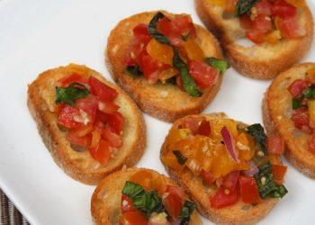 Fresh Tomato Basil Bruschetta