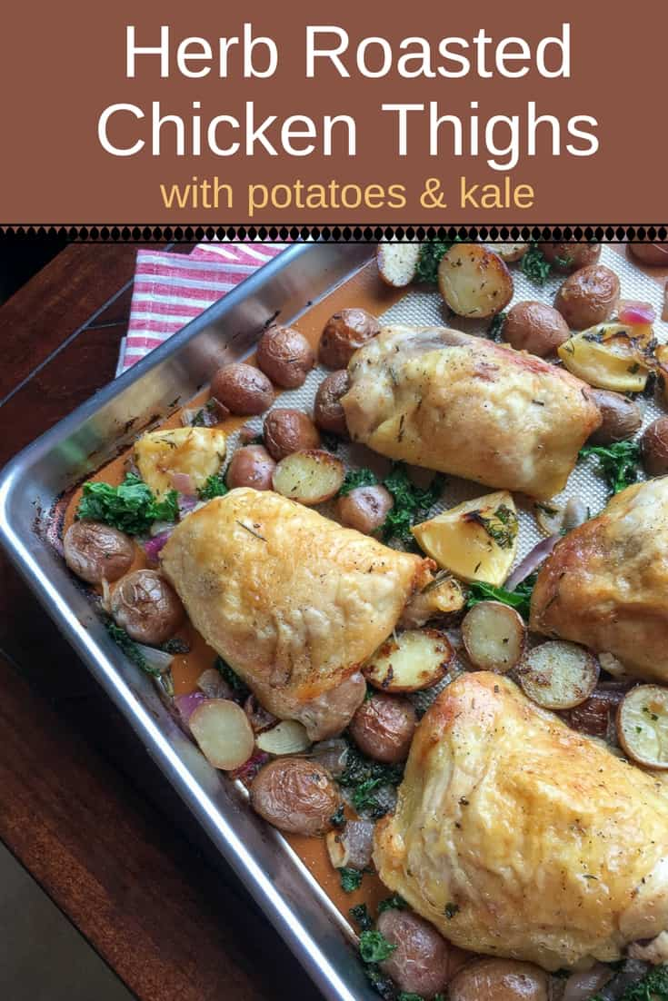 Delicious herb roasted chicken thighs with potatoes and kale: easy to make and a hit with both children and adults! #Chicken #ChickenRecipe #RoastedChickenRecipes #ChickenThigh #BakedChickenThigh #Roasted #AndPotatoes