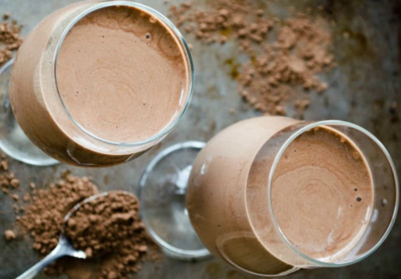 Raw chocolate smoothie
