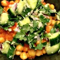 Easy chickpea curry with cucumbers