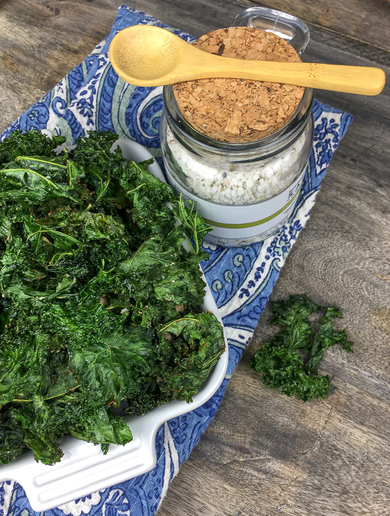 Crispy Kale chips - healthy snacks, healthy snack food, RecipesAndMe, Kale Chips Recipe