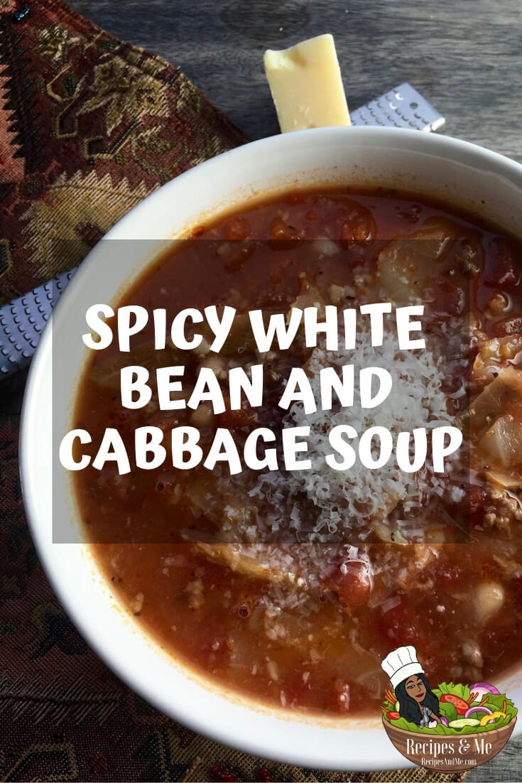 This delicious low-carb soup is oh-so-good! It comes together quickly in a single pot, so you don't have to spend a ton of time cleaning up afterwards. #recipes #Healthy #Dinner #Breakfast #lunch #snack #cooking #simple #mealprep #Easy