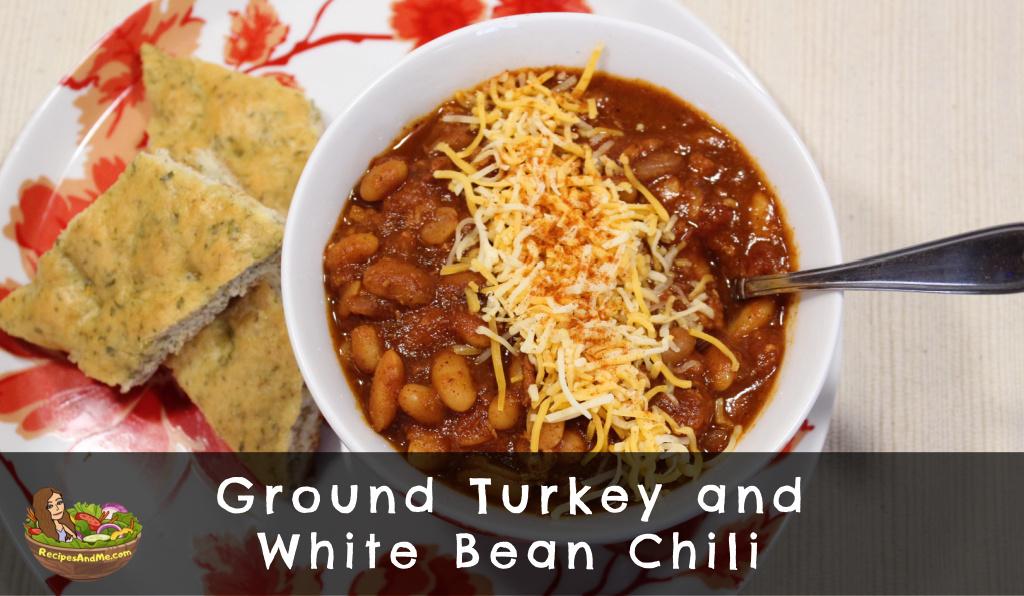 ground turkey and white bean chili cover